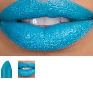 Ka'oir lipstick